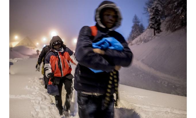 Des personnes exilées risquent leur vie chaque jour et chaque nuit. Nous avons besoin de vous !