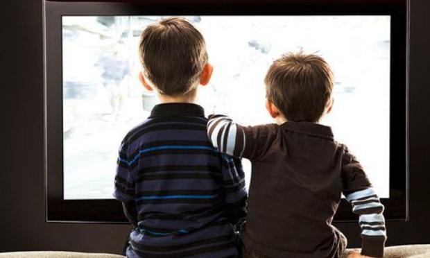 Protection des mineurs contre l'affichage intempestif de l'homosexualité