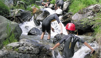 Opposons-nous fermement à la pratique de la Randonnée aquatique (Ruisseling d'été)