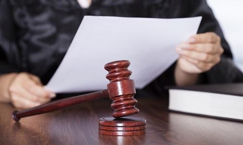 Pétition : Egalité des droits des papas et des enfants face aux juges des affaires familiales femmes!