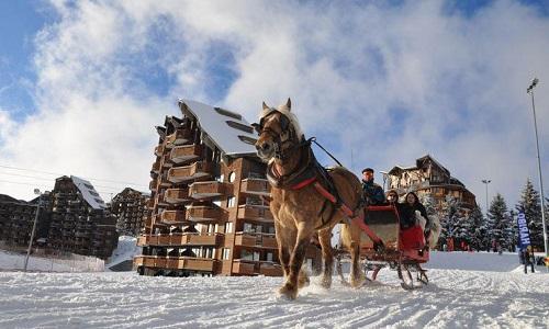À Avoriaz, l'annulation de véhiculer les vacanciers et leurs bagages par des chevaux !