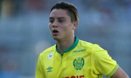 Pétition : Il faut faire signer Adryan au FC Nantes
