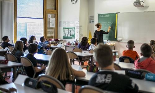 Pétition : Non à la fusion des classes de CE2 et CM1 de l'école Saint Jean de Meung-sur-Loire pour l'année scolaire 2016-2017