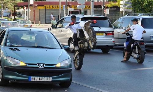 Pétition : Agissons contre les rodéos motos, les incivilités et la délinquance à Montreuil !