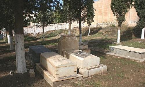 Pétition : Compagne de nettoyage et d'entretien des cimetières à Saida Algérie