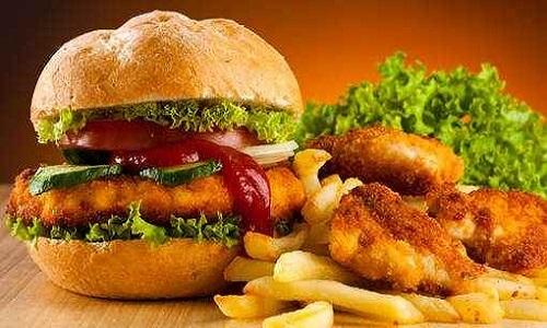 Stop à la viande de cheval dans les fastfoods !