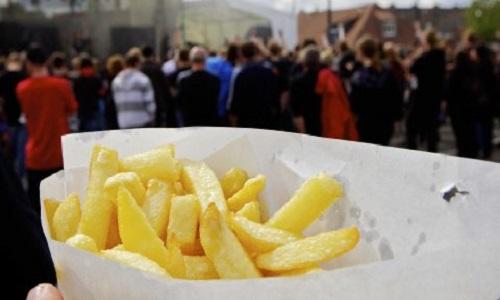 Pétition : Plus de cochonnets aux menus des baraques à frites !