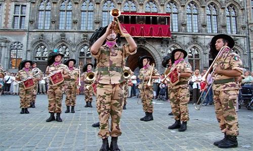 Pétition : Pour le maintien du Festival International de Musiques Militaires à la ducasse de Mons 2017
