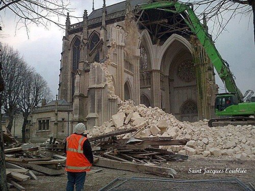 Pétition : NON A LA DEMOLITION DES EGLISES !!!!!!