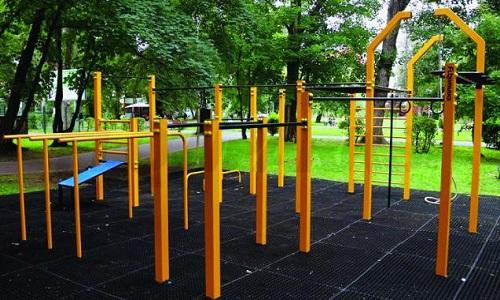 p tition cr ation d 39 un parc de sport au parc julien olive martigues. Black Bedroom Furniture Sets. Home Design Ideas