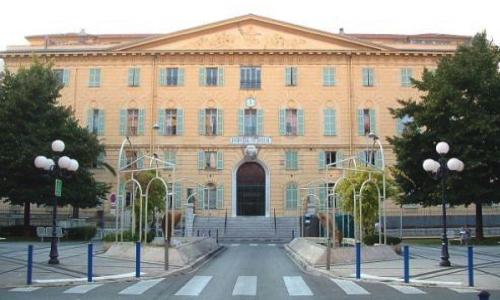 Pétition : Pour l'ouverture aux réfugiés de l'ancien Hôpital Saint Roch à Nice