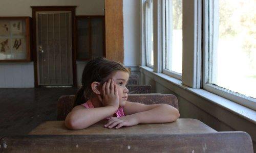 Pétition : Non à la fermeture de nos écoles