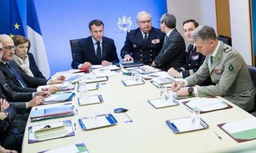 Destitution d'Emmanuel Macron suite à une intervention militaire illégale en Syrie