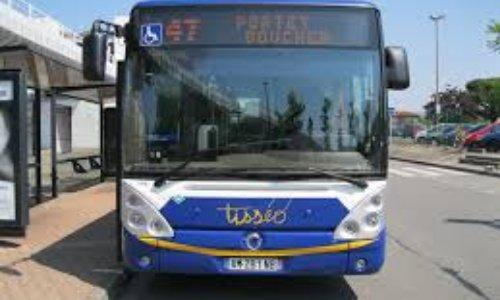 P tition extension des horaires de bus tiss o sur les for Horaires bus ligne 29 arles salon