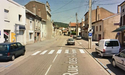 Stop à la vitesse et stationnement sauvage sur les trottoirs rue des Aulnois