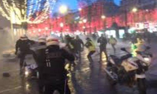 Pétition : Soutien aux quatre policiers agressés sur les Champs Elysées