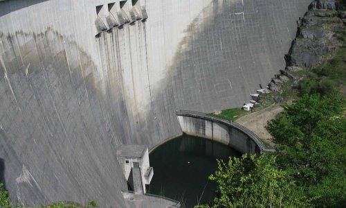 Ne vendez pas les barrages Français comme des autoroutes, vous avez le devoir de désobéir à Bruxelles!