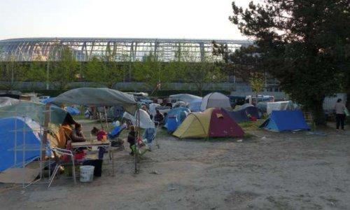 Camps sauvages et insalubres de migrants