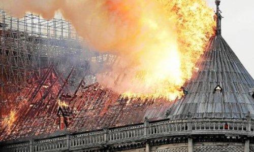 Pétition : Pour une reconstruction à l'identique de la Charpente de Notre Dame de Paris !