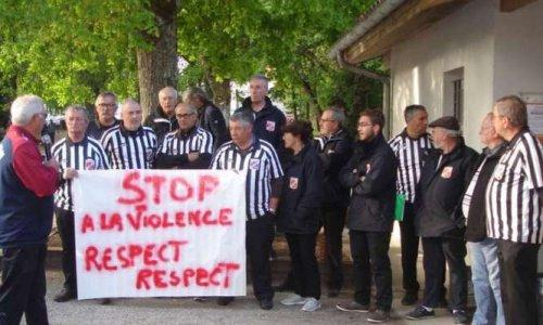 STOP aux violences faites aux Arbitres