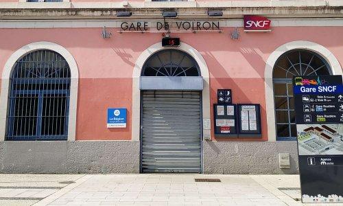 Ensemble contre la fermeture des guichets de vente SNCF de la gare de Voiron
