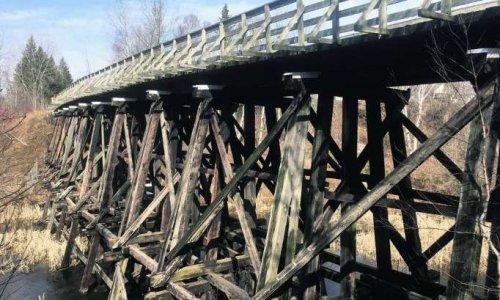 Pétition : Contre la démolition du pont ferroviaire en bois construit en 1908, situé au km 198 du parc linéaire Le P'tit Train du Nord.