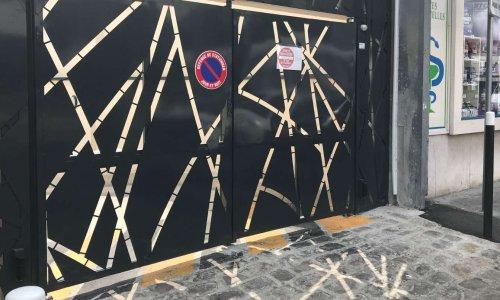 Interdiction de stationnement sortie garage
