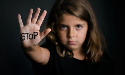 Pétition : Des enfants en danger, des enfants tués, STOP