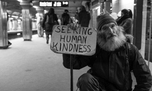 Pétition : Pour un revenu de base pour les personnes sans-abri !