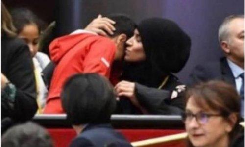 Pétition : LE VOILE ISLAMIQUE - LA PLUS FORTE DISCRIMINATION MONDIALE Condamnons nos politiques Français qui aident à mettre en place cette pratique dans notre pays.