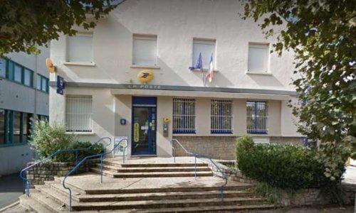 Non à la disparition du service public postal à Sévérac d'Aveyron