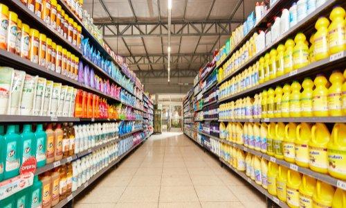 Pour la fermeture des rayons non-alimentaires dans les grandes surfaces !