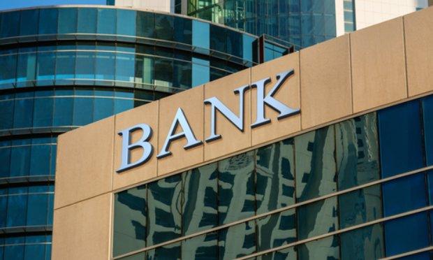 Stop aux agios ! Oui à la solidarité bancaire !