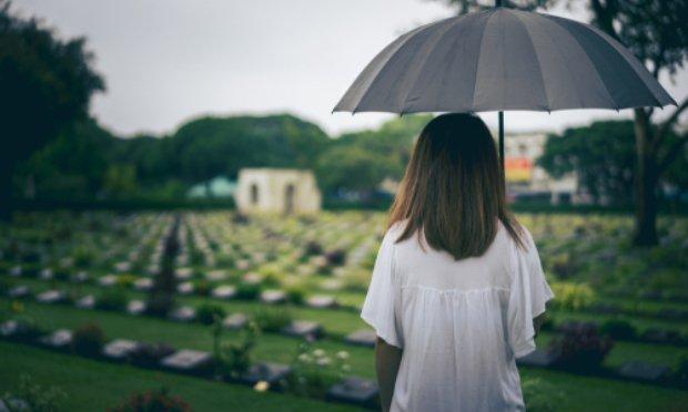 Pétition : Pour que les personnes décédées du Covid-19 ne tombent pas dans l'oubli !