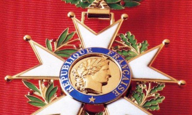 La légion d'honneur pour tout le personnel médical