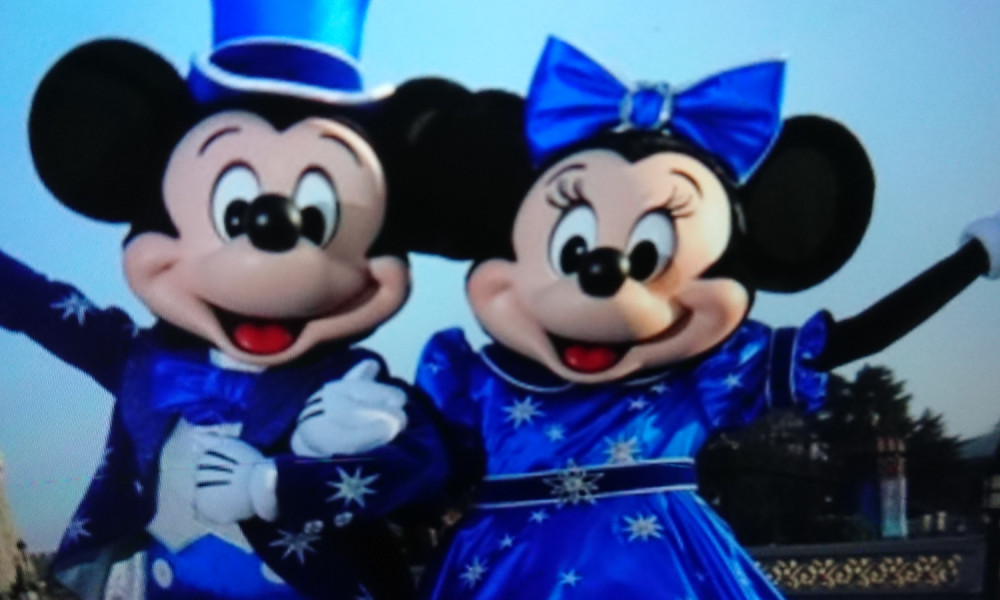 Petition pour que notre parc magique Disneyland paris réouvre ses portes le plus tôt possible