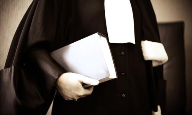 Pétition : L'état d'urgence ne peut s'opposer au recours juridictionnel effectif devant le juge judiciaire !