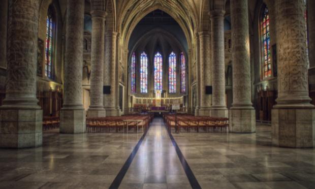 Autoriser les messes catholiques à partir du 10 mai 2020