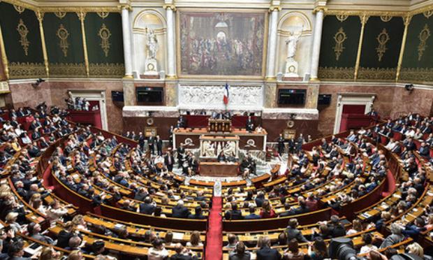 Pour l'interdiction du lobbyisme à l'Assemblée nationale et au sénat
