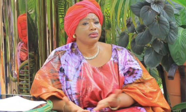 Pétition : Des excuses publiques pour injures sexistes de Monsieur Alexis Thambwe Mwamba à l'encontre de la Sénatrice Bijoux Goya