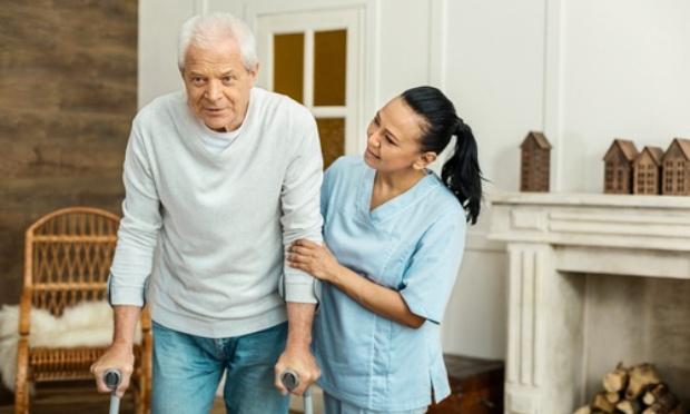 Restriction des heures de travail des auxiliaires de vie à domicile