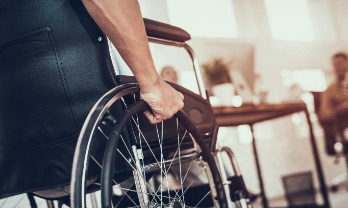 Pétition : Faire reconnaître la visite aux enfants handicapés comme motif familial impérieux.