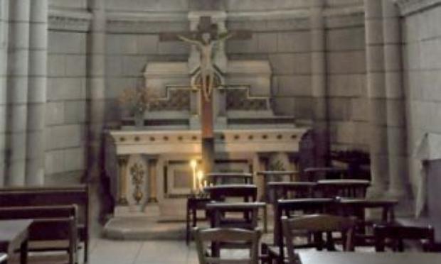 Plus jamais de messes inaccessibles et de prêtres seuls
