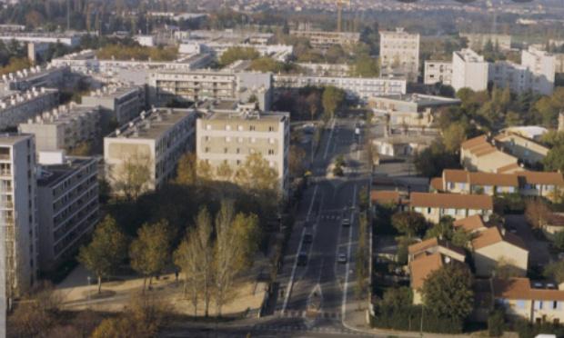 Stop aux bavures policières, notamment dans les quartiers défavorisés