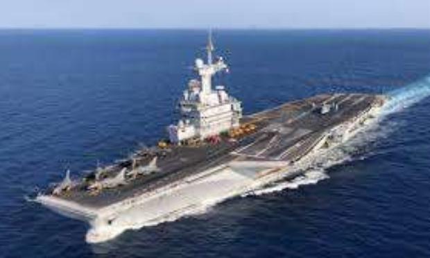 Contre un deuxième porte-avions en France