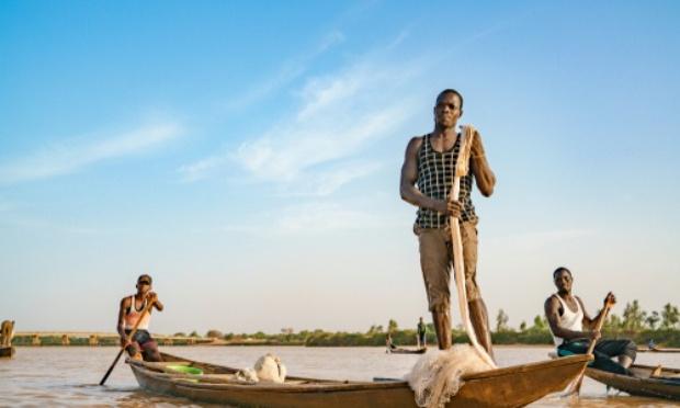# 25 %  des parts des marchés publics aux jeunes PME/PMI au Niger