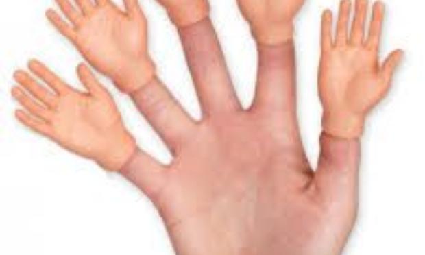 Plus de main, c'pas malin