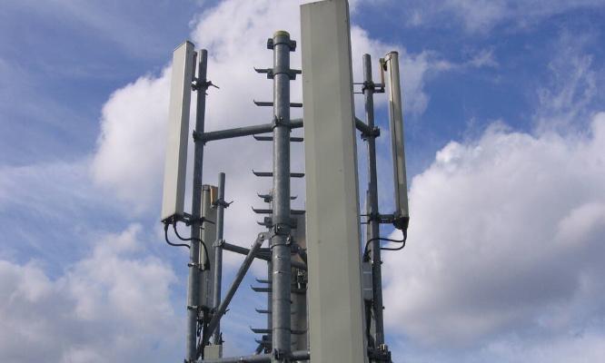 Pétition : Notre santé est importante STOP aux antennes ! / Our Health is important STOP to antennas! Schaerbeek