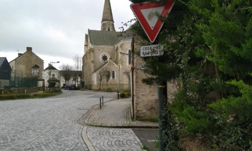 Pétition : Demande d'intervention sur le Carrefour Loriot/Bouvreuil (Intersection Rue Sainte Catherine / Rue des Loriots et Rue Saint Hubert face école privée)